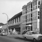 web-high-street-east-side-cottis-bronte-house-reflection-of-shell-petrol-1975-marked-59-on-back