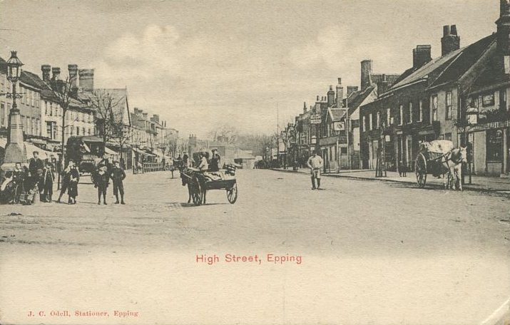 132 HIGH ST HORSES & CARTS