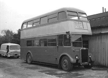 401 Waldens bus