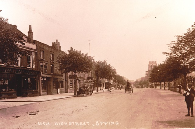 Epping High Street showing the Epping Gas Company