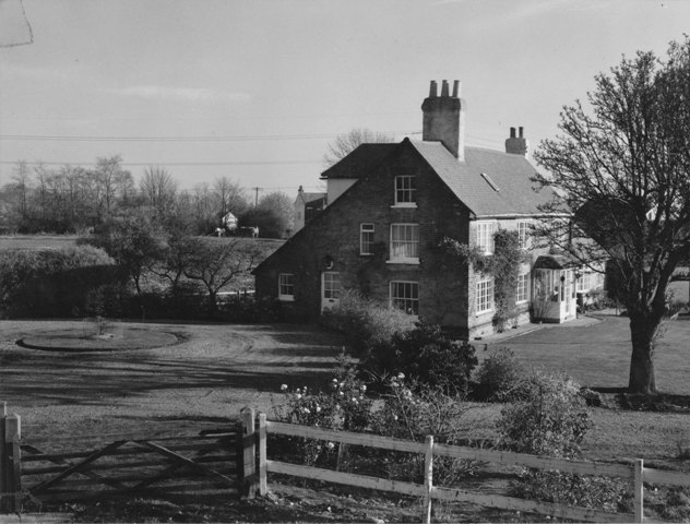 High Road Epping Mill House Farm Stuart Turner 1975 87